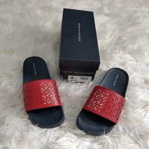 New NIB Tommy Hilfiger Dillon Red Navy Sandals 8